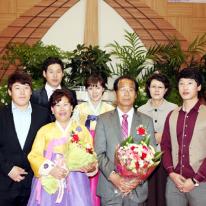 원로장로 추대, 집사은퇴 및 임직예식 기념사진 5 (가족사진)